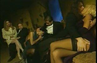 Hakhal جعل امرأة آسيوية كوني و مارس الجنس احلى مقاطع سكس اجنبي لها على السرير